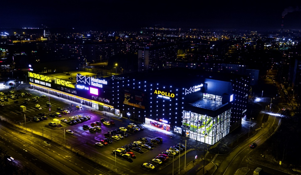 """Mustamäe Keskus"" Shopping Center and Cinema"